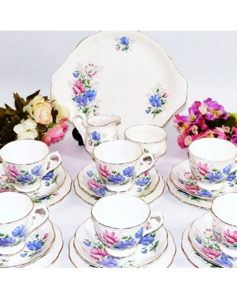 ROYAL ALBERT SWEET PEA TEA SET